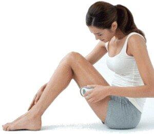 Démonstration de l'utilisation de l'appareil stimulateur Galvanic Spa 2 de Nuskin pour faire pénétrer les soins dans votre peau